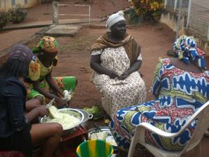 Séance de travaux pratiques à Yaoundé